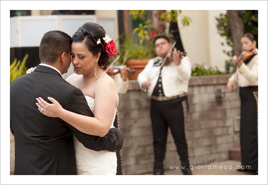 Mariachis, Weddings, Outdoors