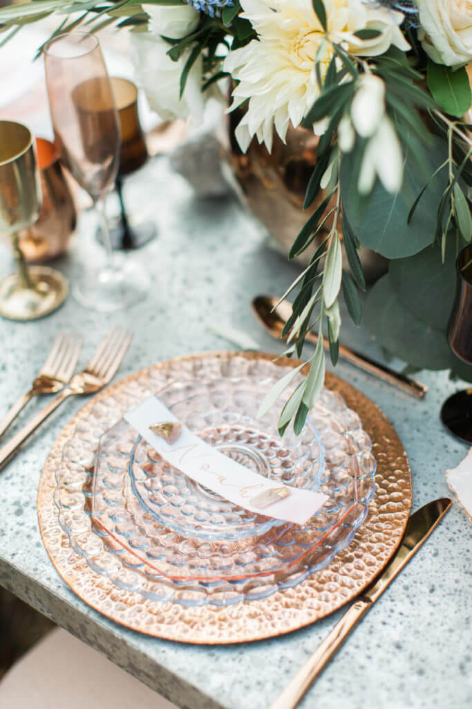 Rose gold plates with crystal