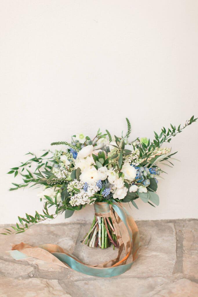 flowers bouquet by Unique flowers designs